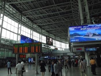 120616ソウル東京 (2)_R.JPG